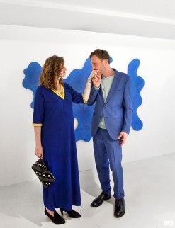 Théodore Fivel et son épouse lors du vernissage de son exposition au MAMO